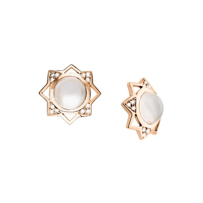 Pink gold earrings with diamonds and light moonstone