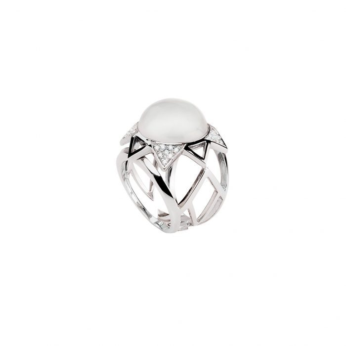 White gold ring with diamonds and light moonstone