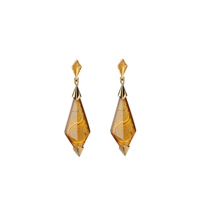 Yellow gold earrings, filigree and citrin