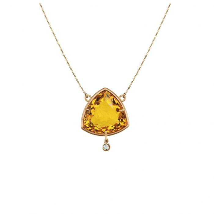 Yellow gold necklace, diamonds and diopside